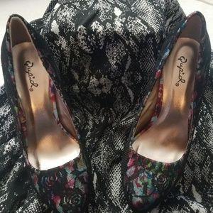 PENELOPE- Qupid Platform Shoes